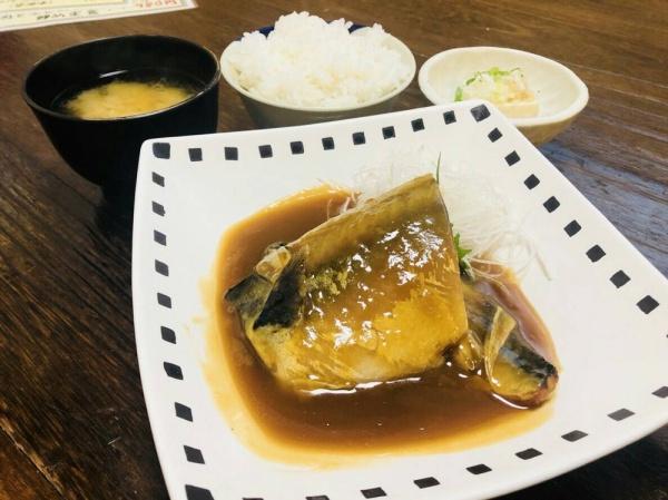 """ランチ""""サバ味噌煮定食""""❤︎"""